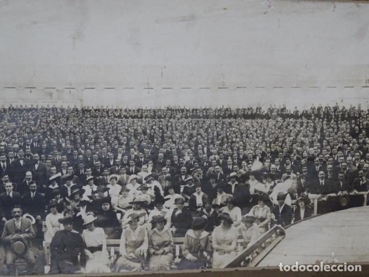 Fotografía antigua: GRAN FOTOGRAFÍA DE UN ACTO EN BUENOS AIRES.AYMASSO,CALLE FLORIDA 126.PRINCIPIO SIGLO XX. - Foto 4 - 222396271