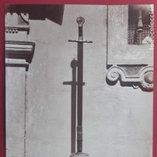 Fotografía antigua: 1870CA. FOTOGRAFÍA OROGINAL ALBUMINA J. LAURENT 33X 24CM. ESPADA FERNANDO III EL SANTO.312. SEVILLA. Lote 226495340