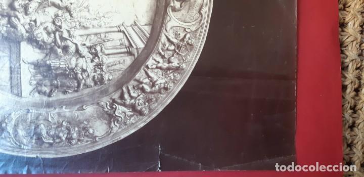 Fotografía antigua: 1868-70ca. Fotografía oroginal albumina J. Laurent. 33x 24cm. Plato labrado de Cellini. Toledo - Foto 6 - 226499311