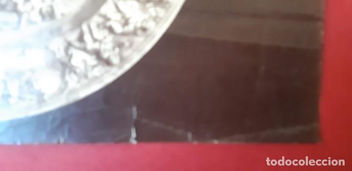 Fotografía antigua: 1868-70ca. Fotografía oroginal albumina J. Laurent. 33x 24cm. Plato labrado de Cellini. Toledo - Foto 8 - 226499311