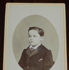 Fotografía antigua: ANTIGUA FOTOGRAFIA ALBUMINA RETRATO DE NIÑO, FOTOGRAFIA DE C.D. FREDRICKS Y DARIES, HABANA MIDE 16,. Lote 236895040