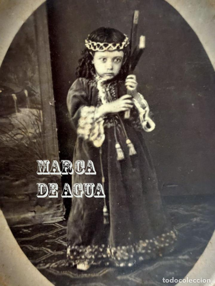 Fotografía antigua: Fotografia post mortem de niña de Nazareno. Vda de Valero y Hermano politico. Cartagena. Murcia. - Foto 2 - 243647385