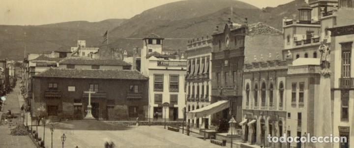 Fotografía antigua: TENERIFE. PLAZA CANDELARIA. PALACIO CAPITANÍA GENERAL. HACIA 1878-1880. GRAN TAMAÑO. - Foto 2 - 245452540