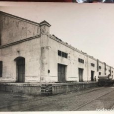 Photographie ancienne: ANTIGUA FOTO CADIZ - REPORTAJE CONSTRUCCION PUERTO Y PUNTA SAN FELIPE - MEDIDA 23X17,5 CM - REYMUNDO. Lote 248283795