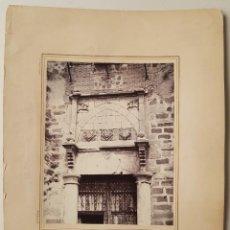 Photographie ancienne: TOLEDO. PORTADA DEL PALACIO DE FUENSALIDA, CASIANO ALGUACIL. Lote 251668965