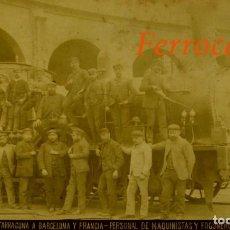 Fotografía antigua: FERROCARRIL - 1887 - BARCELONA - MAQUINISTAS Y FOGONEROS. Lote 254135160