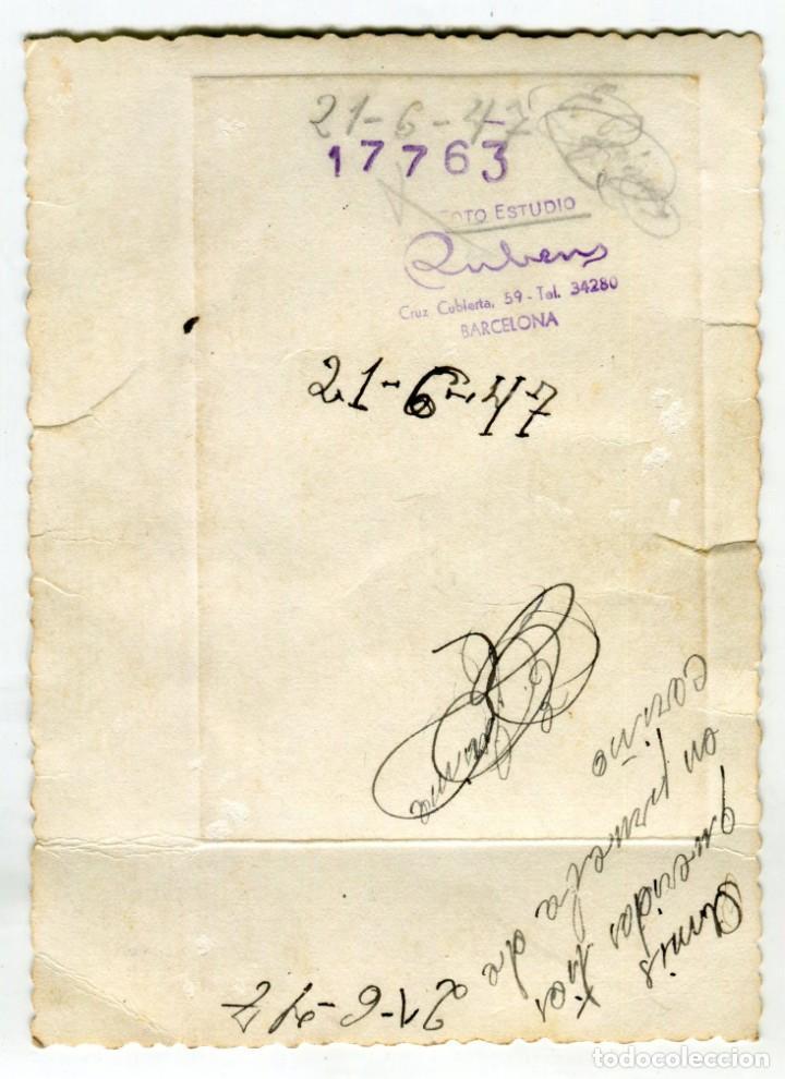 Fotografía antigua: BARCELONA FOTO RUBENS ANTIGUA FOTOGRAFIA DE CABALLERO, FECHADA EN 1947 VER IMAGEN DEL REVERSO - Foto 2 - 261152275
