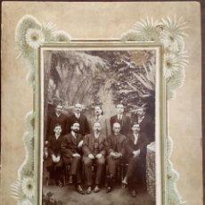 Fotografía antigua: ALBUMINA JUNTA DIRECTIVA L'AMIC DEL POBLE CATALÀ.. Lote 267487584