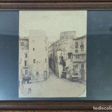 Fotografía antigua: RAVAL DE BARCELONA. FOTOGRAFIA DE ALBUMINA. FINELES SIGLO XIX.. Lote 269813533