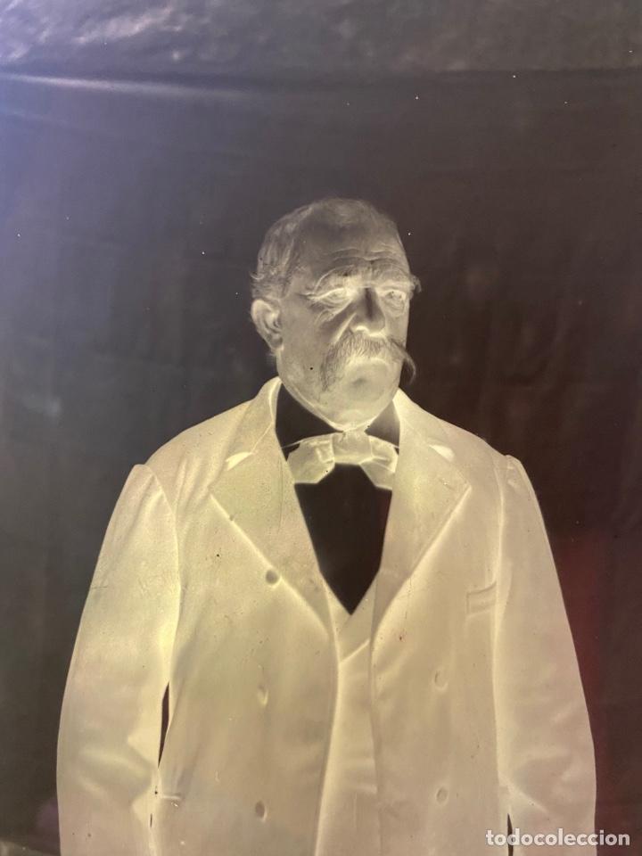 Fotografía antigua: Placa Cristal Negativo señor con traje - Foto 2 - 276918013