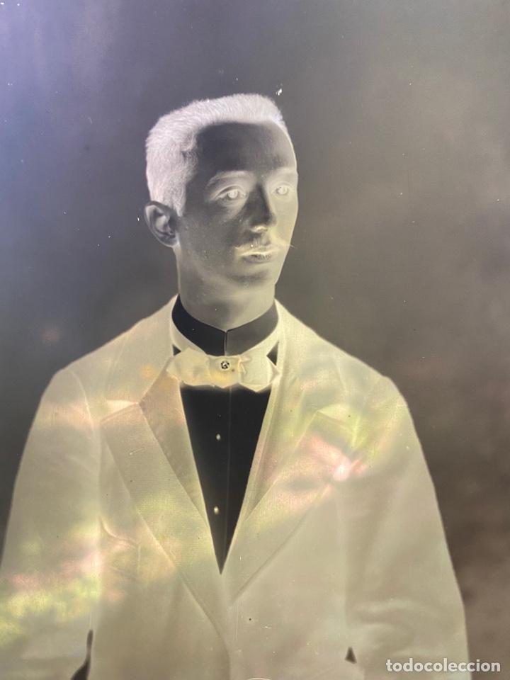 Fotografía antigua: Placa Cristal Negativo chico joven con traje - Foto 2 - 276923703