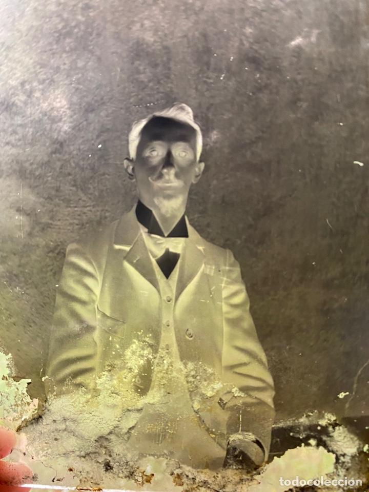 Fotografía antigua: Placa Cristal Negativo señor con traje - Foto 2 - 277441743