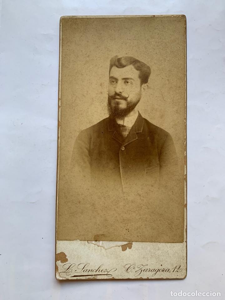 FOTO ALBUMINA. RETRATO DE ENRIQUE R. S. FOTÓGRAFO, L. SÁNCHEZ Y CÍA. VALENCIA. FINALES S. XIX. (Fotografía Antigua - Albúmina)