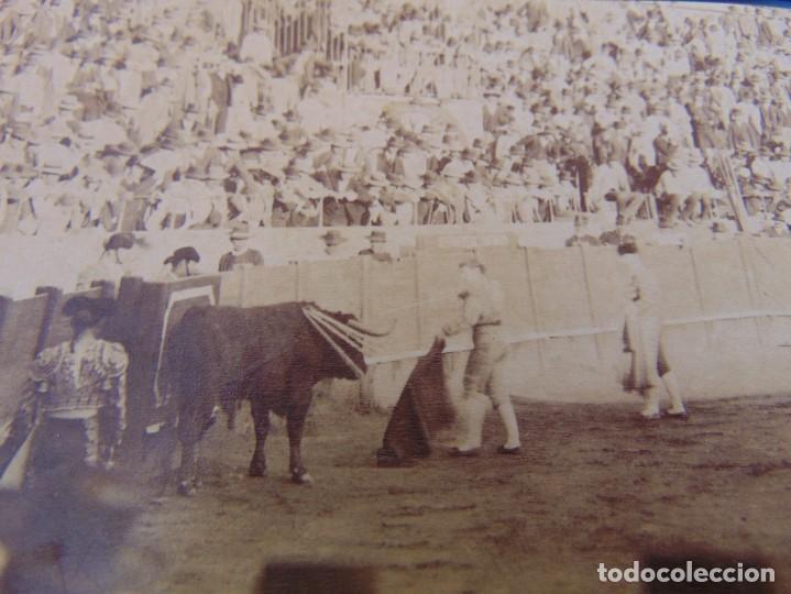 Fotografía antigua: FOTO ALBUMINA PLAZA TOROS LA MAESTRANZA DE SEVILLA FINALES DE SIGLO XIX, TORERO ESPARTERO - Foto 2 - 279958568