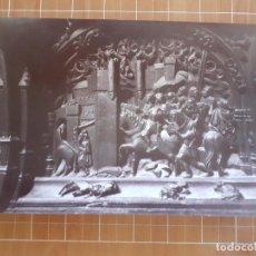 Fotografía antigua: GRANADA DETALLE DE LA SILLERIA DEL CORO DE LA CATEDRAL ALBUMINA SIGLO XIX 14 X 21 CMTS. Lote 288396183
