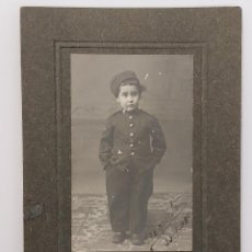 Fotografía antigua: FOTO ANTIGUA. FOTOGRAFO PASCUAL REY. FERROL.1908 NIÑO CON TRAJE SOLDADO MILITAR 9,5 X 14. Lote 288406218