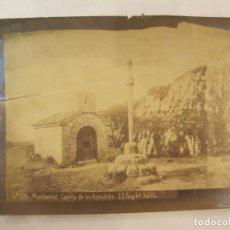 Fotografía antigua: MONTSERRAT-CAPILLA DE LOS APOSTOLES-FOTO PUIG-FOTOGRAFIA ALBUMINA ANTIGUA-VER FOTOS-(V-22.967). Lote 295511838