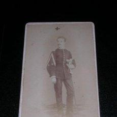 Fotografía antigua - CDV - MILITAR - FOT. R. AREÑAS , BARCELONA - 13431488