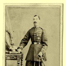 Fotografía antigua: OFICIAL - 1870-1890 - BARCELONA. Lote 26786646