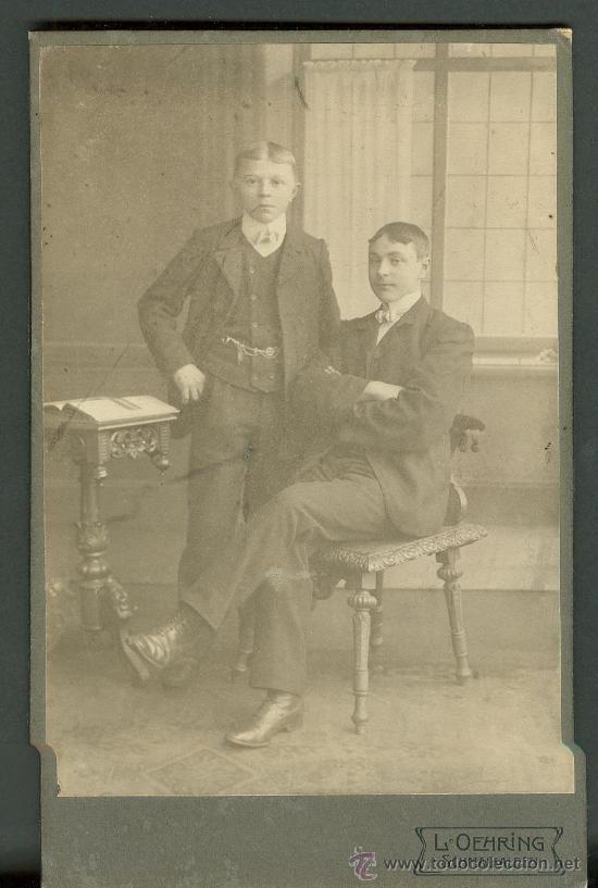 FOTOGRAFIA ANTIGUA RETRATO DE UNOS JOVENES FORMATO CDV. ENTRE 1900-1920 (Fotografía Antigua - Cartes de Visite)