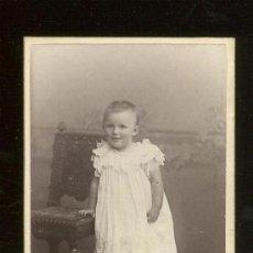 Fotografía antigua: FOTOGRAFIA ANTIGUA . CDV CARTES DE VISITE. RETRATO DE UNA NIÑA . 6 X 10 HISTORIA FOTOGRAFICA. Lote 27650131