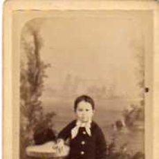 Fotografía antigua: FOTOGRAFIA TAMAÑO TARJETA DE VISITA. CAPMANY. FOTOGRAFO. MATARO. RETRATO NIÑO.. Lote 30987403