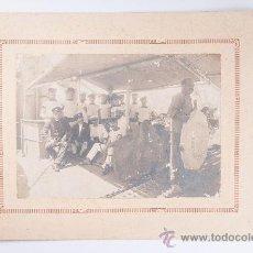 Fotografía antigua: FOTOGRAFIA EN BLANCO Y NEGRO DE HOMBRES MARINEROS, VICENTE FERRER, VALENCIA. Lote 37527196