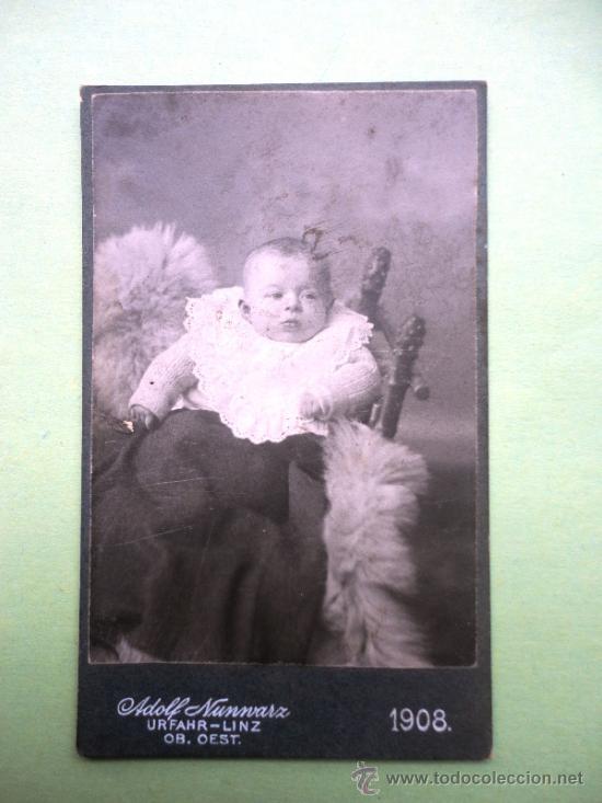 FOTOGRAFÍA ANTIGUA SOBRE CARTÓN. BEBÉ. NUNNVARZ. 1908 (10,5 X 6,5 CM) (Fotografía Antigua - Cartes de Visite)