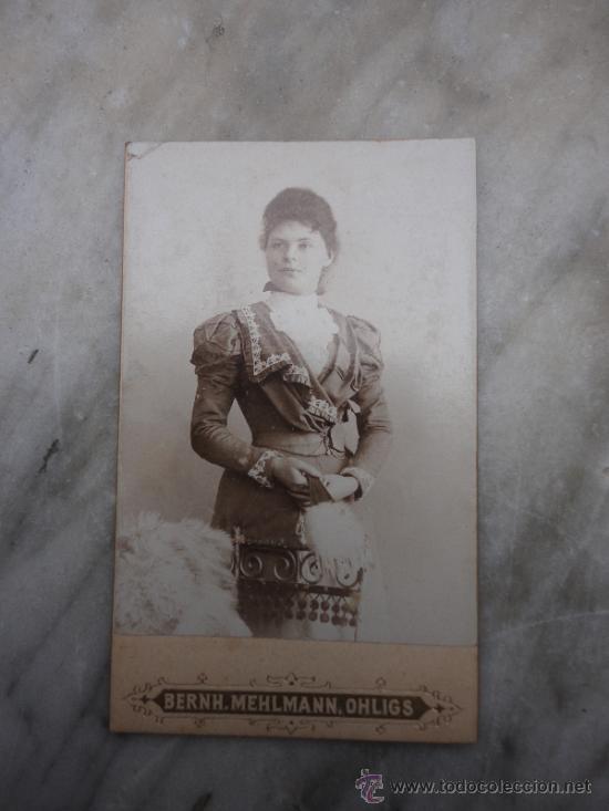 FOTOGRAFÍA ANTIGUA SOBRE CARTÓN. MEHLMANN (10,5 X 6,5 CM) (Fotografía Antigua - Cartes de Visite)