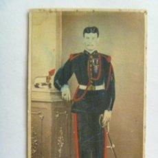 Fotografía antigua - CDV MILITAR GASTADOR DE ARTILLERIA DEL SIGLO XIX CON LEOPOLDINA, FORRAJERA Y SABLE - 41759561