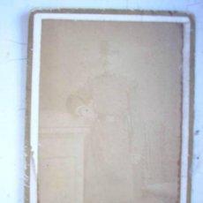 Fotografía antigua - CDV MILITAR : SOLDADO DE INFANTERIA CON ROS, SIGLO XIX. FOTOGRAFO : S. DAZA , MADRID. - 43677707