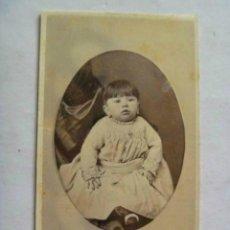 Fotografía antigua: CDV DE UNA NIÑA ESPAÑOLA , SIGLO XIX .. Lote 46628080