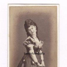 Fotografía antigua: RETRATO DE ACTRIZ POR IDENTIFICAR, FOTO: JUAN MARTÍ , BARCELONA. 1870'S.. Lote 49999679