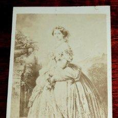 Fotografía antigua: FOTOGRAFIA ALBUMINA TIPO CDV DE LA DUQUESA DE BADEN, FOTO FURNE FILS & H. TOURNIER, MIDE 10 X 6 CMS . Lote 53378863