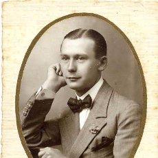 Fotografía antigua: FOTO HUERTAS - BARCELONA RETRATO SEÑOR OVALO 1917 ESCRITO REVERSO. Lote 54515475