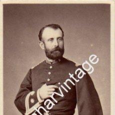 Fotografía antigua: ESPECTACULAR CDV DE UN MILITAR, TENIENTE CORONEL. Lote 54649296