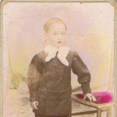 Fotografía antigua: FOTO CARTA DE VISITA. RETRATO DE NIÑO PINTADO A MANO. CA.1885-1890. FOTÓGRAFO: ESTRANY.MATARÓ. Lote 55811609