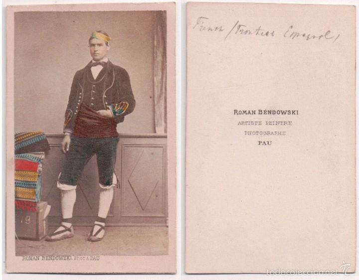 CDV Albumina Coloreada Costumbres Regionales Pirineos CA 1870 M Pacault Pau Fotgrafo