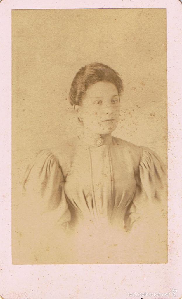 FOTO DE SEÑORITA.CA.1890.FOTÓGRAFO:FHOTOG.PARISIENNE.BARCELONA. (Fotografía Antigua - Cartes de Visite)