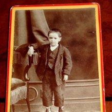 Fotografía antigua: FOTOGRAFIA ALBUMINA TIPO CDV DE NIÑO, FOTO M. ZULOAGA, SAN SEBASTIAN, MIDE 10 X 6 CMS.. Lote 56486032