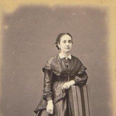 Fotografía antigua: FOTO CARTA DE VISITA. RETRATO DE SEÑORITA . CA.1870-1875. FOTÓGRAFO: OTNAC. BARCELONA.. Lote 57285566