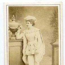 Fotografía antigua: MADEMOISELLE GILBERT, ROLE DU PAGE BLEU DANS LA BICHE AU BOIS, HERVÉ 1867 CH. REUTLINGER PHOT, PARIS. Lote 60349043