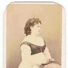 Fotografía antigua: FOTO C.DE VISITA. RETRATO DE SEÑORITA . CA.1862-1877.FOT: CRUCES Y CAMPA.CIUDAD DE MÉXICO.. Lote 62239248