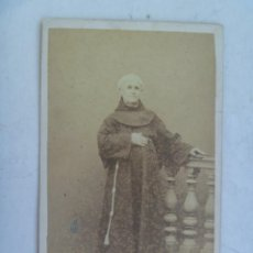 Fotografía antigua: CDV DE MONJE CAPUCHINO , MISIONERO ESPAÑOL DEL SIGLO XIX. DE RUIZ DE LA HERMOSA, MANILA - FILIPINAS. Lote 65799606