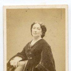 Fotografía antigua: MADAME ANAIS FARGUEIL, ACTRIZ, THÉÂTRE DU VAUDEVILLE, PARIS, 1867, PHOTOGRAPHIE CARJAT & CIE. Lote 66239042