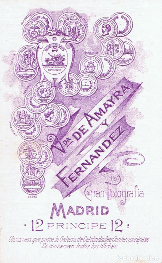 Fotografía antigua: FOTO C.V. RETRATO DE SEÑORA CON MANTILLA . CA.1880. FOT.: VDA. DE AMAYRA Y FERNANDEZ. MADRID. - Foto 2 - 70207897