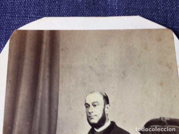 Fotografía antigua: Carte de visite CDV Caballero Barba Bastón Sillón Escritorio J Laurent Madrid finales XIX - Foto 3 - 90948865