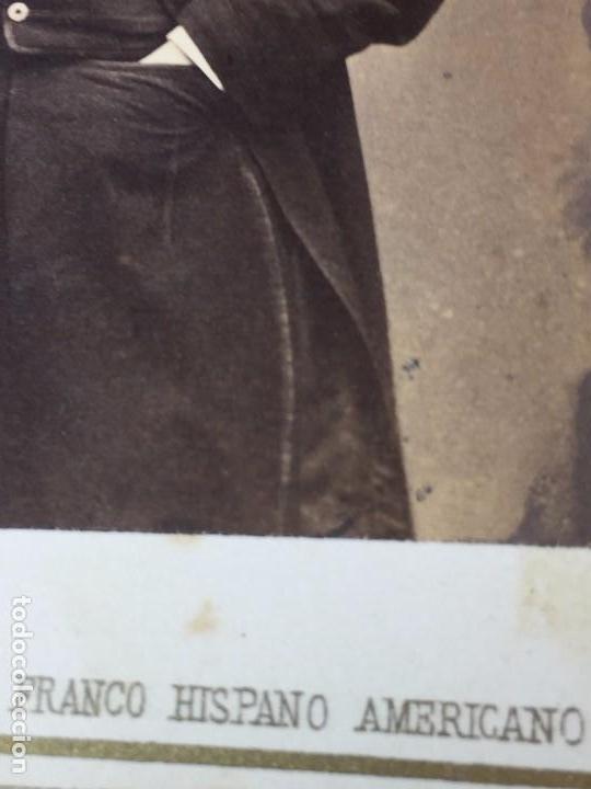 Fotografía antigua: CARTE DE VISITE CDV CABALLERO JOVEN BIGOTE LEONTINA PAÑUELO EPOCA FINAL XIX BARCELONA - Foto 2 - 91037080
