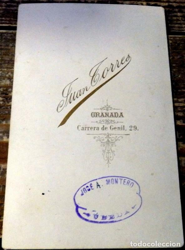 Fotografía antigua: GRANADA, ESPECTACULAR CDV DE UN CABALLERO GRANADIN0,SIGLO XIX, FOT.JUAN TORRES 110X170MM - Foto 2 - 105168603