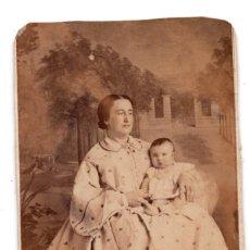 Fotografía antigua: CARTES DE VISITE. TERESA BUSTAMANTE Y HIJO JOSE DEL HOYO FOT. C.YBORRA. SANTANDER. Lote 110145991